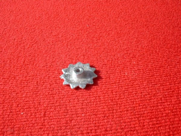 Dinky Toys 152A Light Tank LARGE cog (Each)